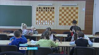 Минобразования России готово сделать шахматы обязательными для изучения