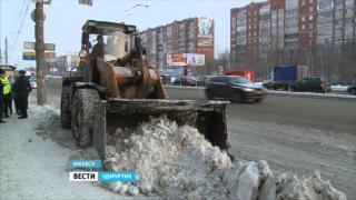 Муниципальные власти ответили на критику главы Удмуртии по поводу неубранного снега