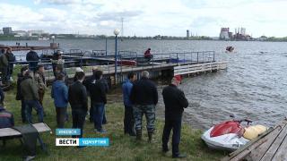 Инспекторы напомнили — управлять лодками без разрешения запрещено
